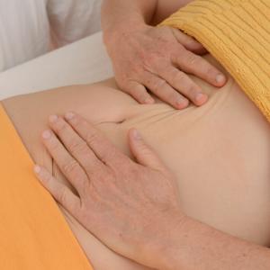 rebalancing-massage-ausbildung, bauch-selbstmassage, sabine zasche