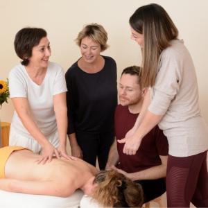 Arbeit mit Massage präsentieren: Erstelle eine Webseite, die verkauft